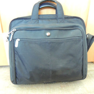 Targus travel laptop briefcase